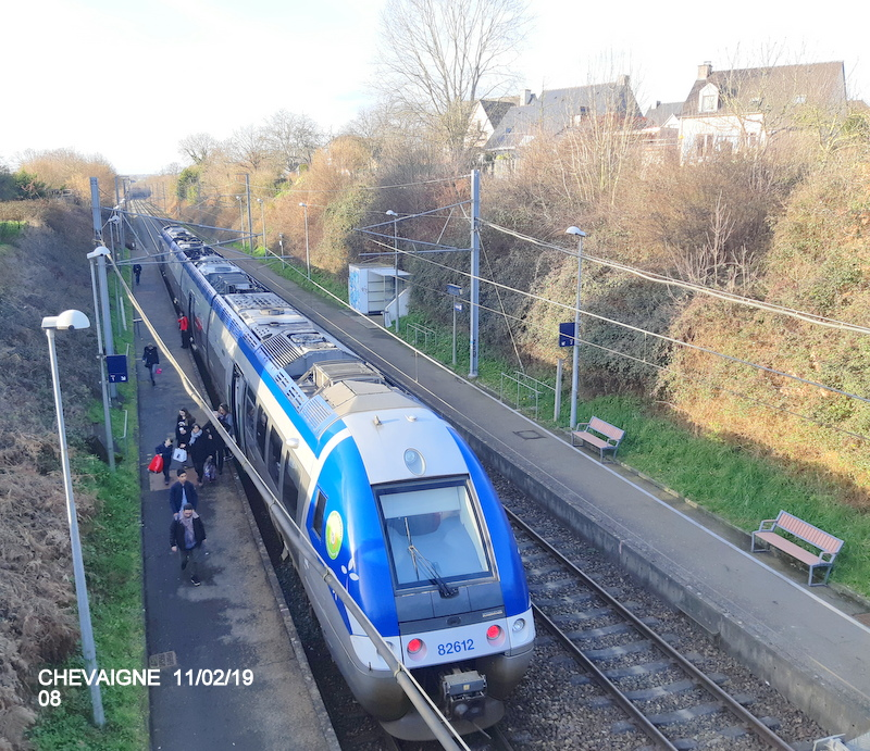 Ligne Rennes-St Malo. Halte de Chevaigné  11/02/19 20190384