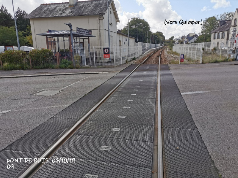 Ligne Quimper-Landerneau (Brest) Halte de Pont de Buis 06/10/19 Img_2300
