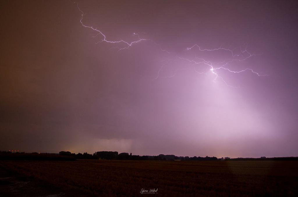 Encore de l'orage !! Img_0311