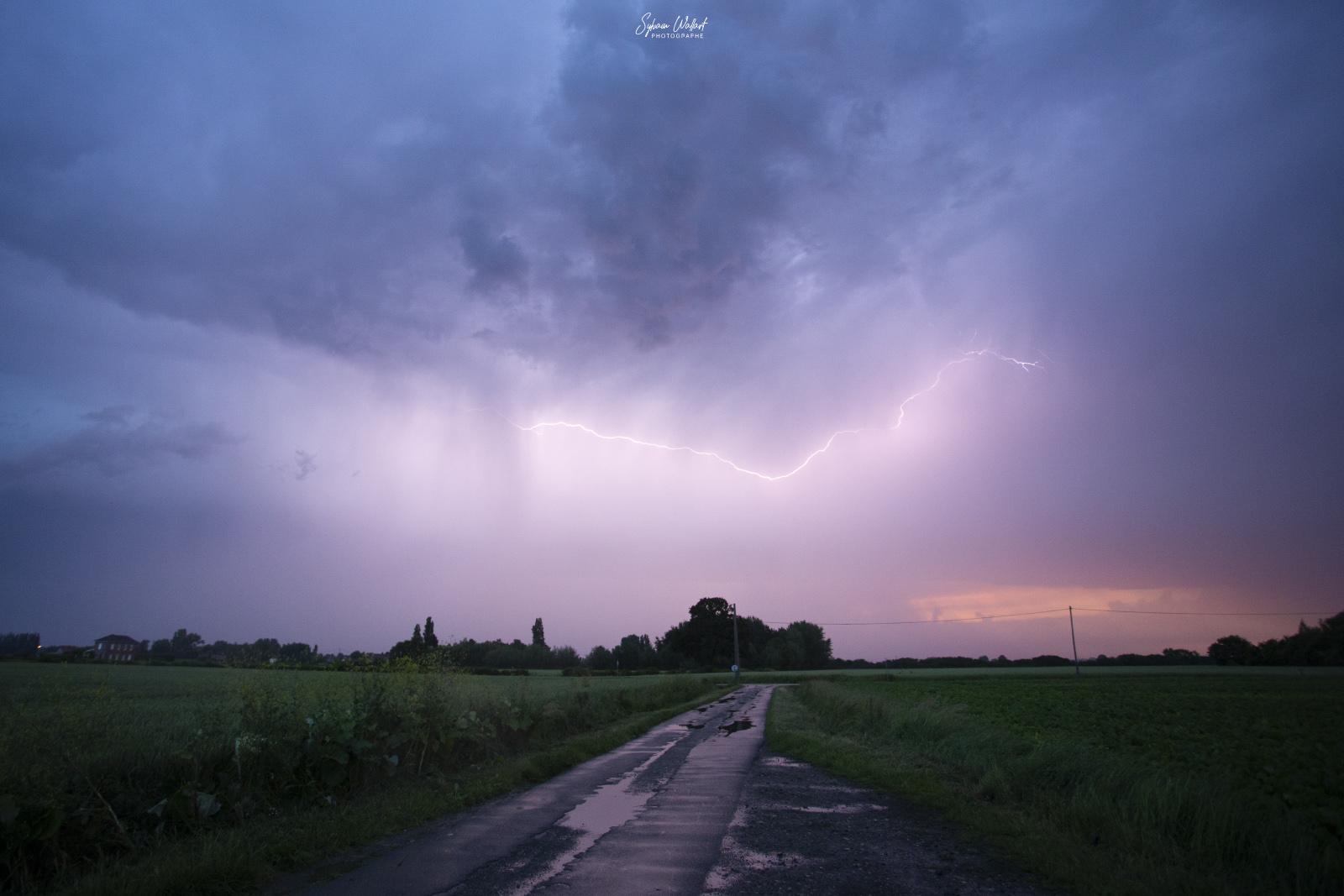 Enfin de l'orage ! Img_8812