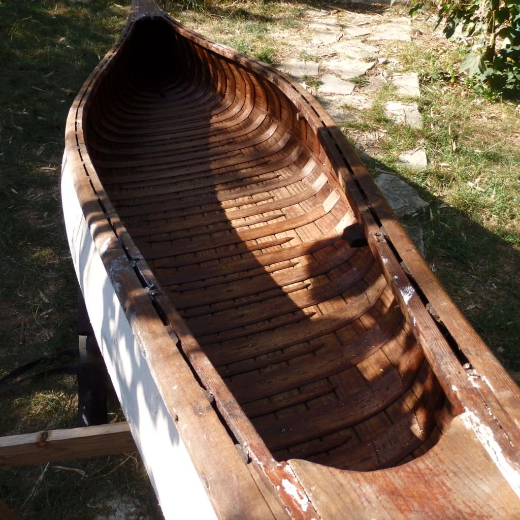 INCONNU wood & canvas, half ribs, 14 ft P8041314
