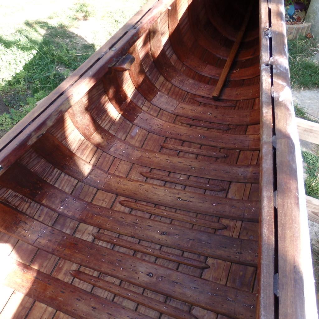 INCONNU wood & canvas, half ribs, 14 ft P8041316