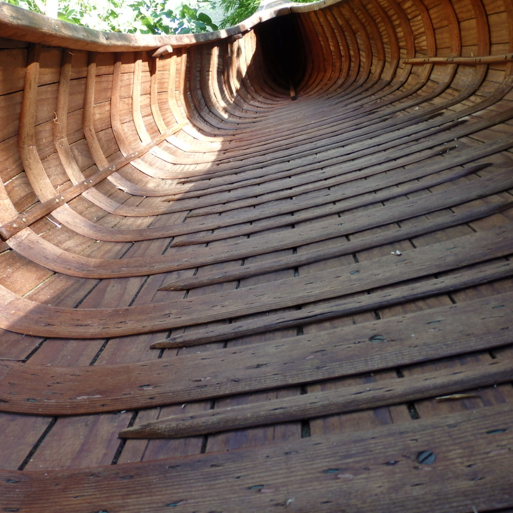 INCONNU wood & canvas, half ribs, 14 ft P8041318