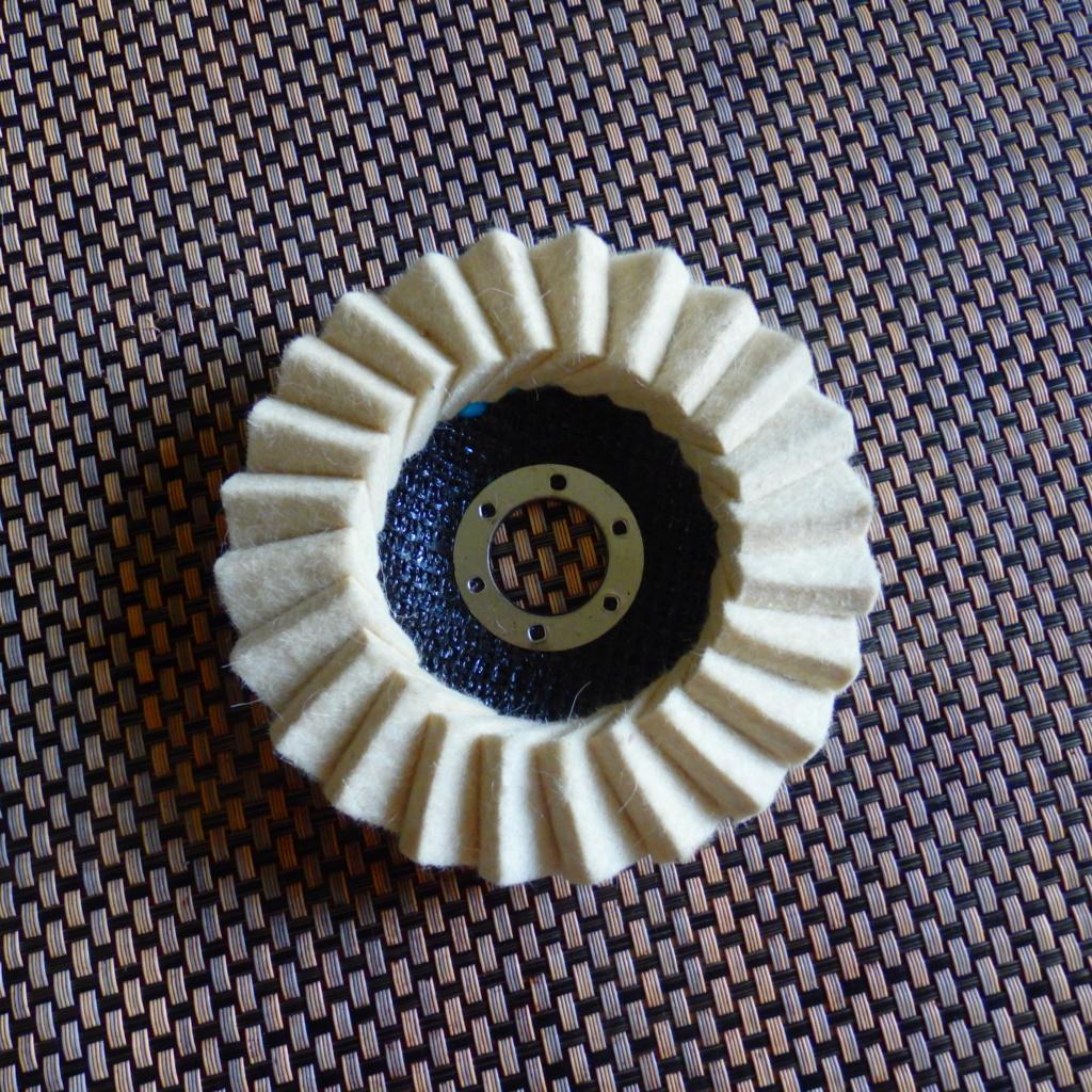 Outils rotatifs pour faire briller  P8123010