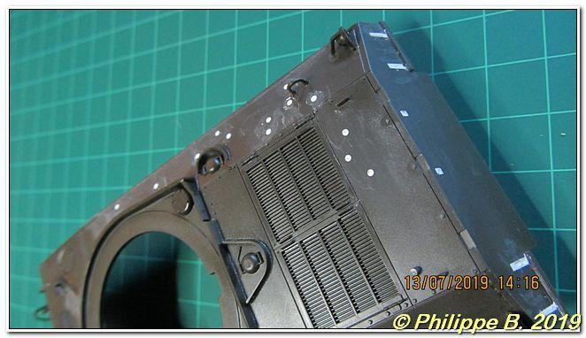 M4A3 (Tamiya MM222) vs M32 (Italeri 203), 1:35 - M4A3 prêt à peindre - Page 2 Tn_64032