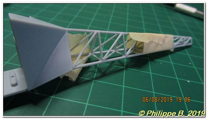 Alouette II (SE.313) , Heller, 1:48 Tn_64046