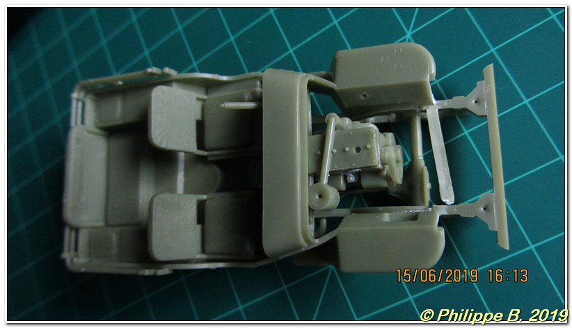 Jeep [Heller, #81105, 1:35] ... Oops, la Jeep ! Tn_80010