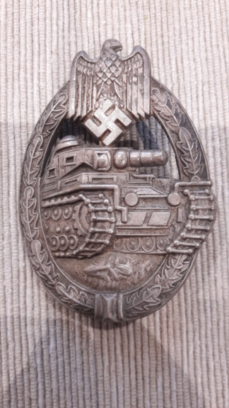 Badge panzer creux  20181234