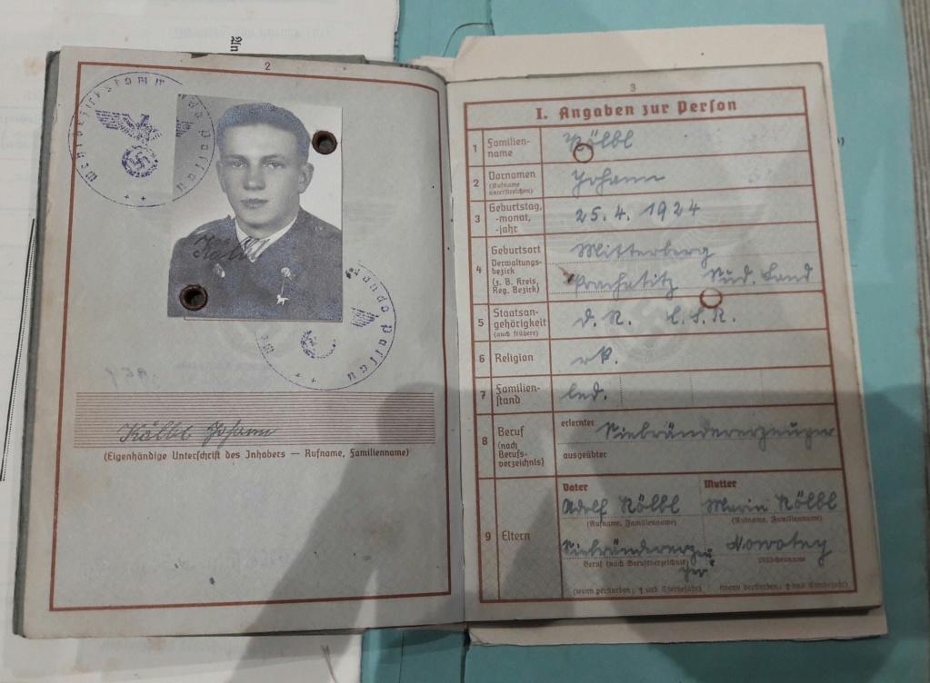 Wehrpass et lot de documents  20190215