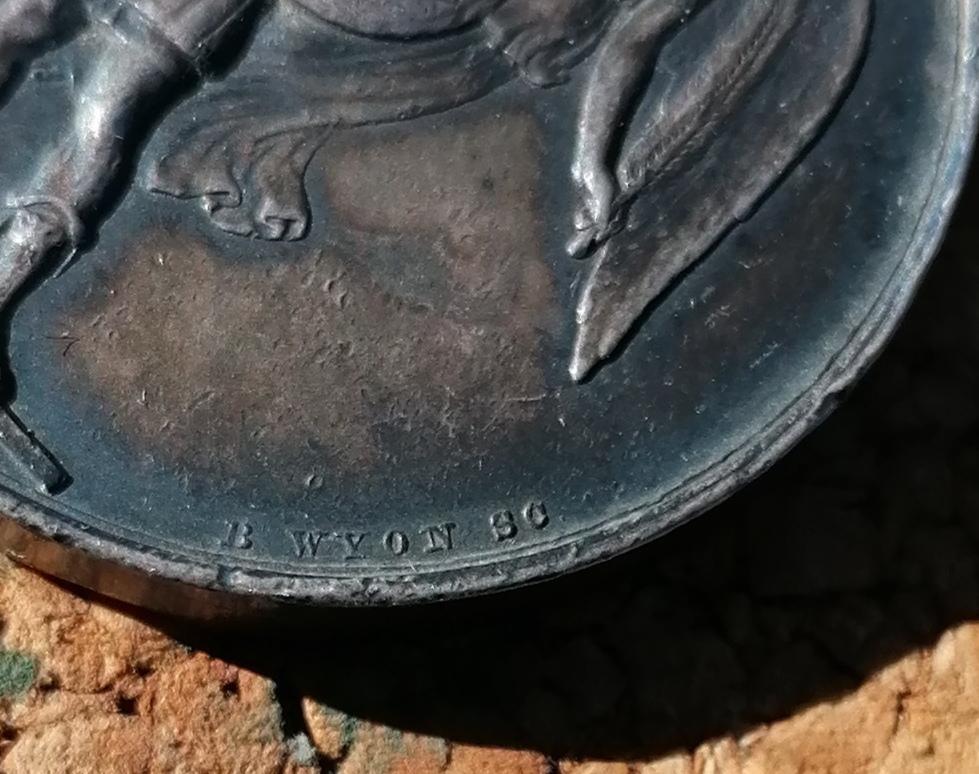 Médaille anglaise Crimea 1854 Img_2710