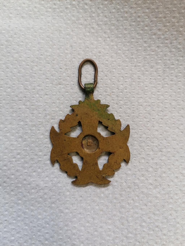 Médaille au mérite  Img_2754
