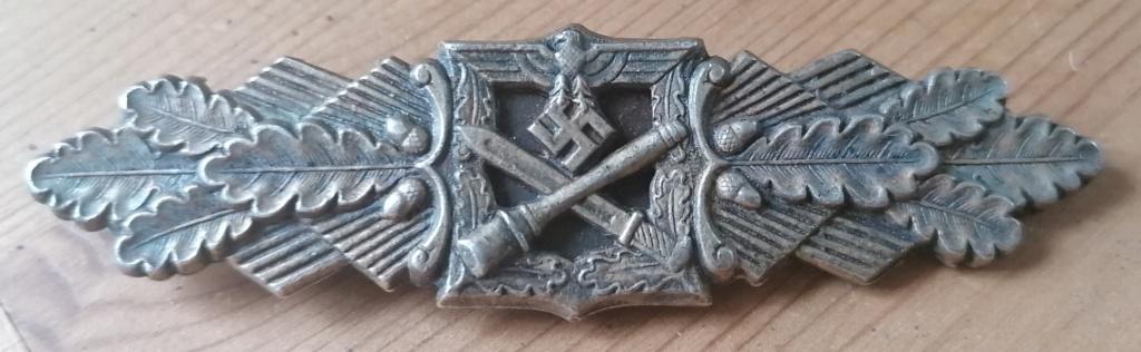 Badge combats rapprochés bronze  Img_2791