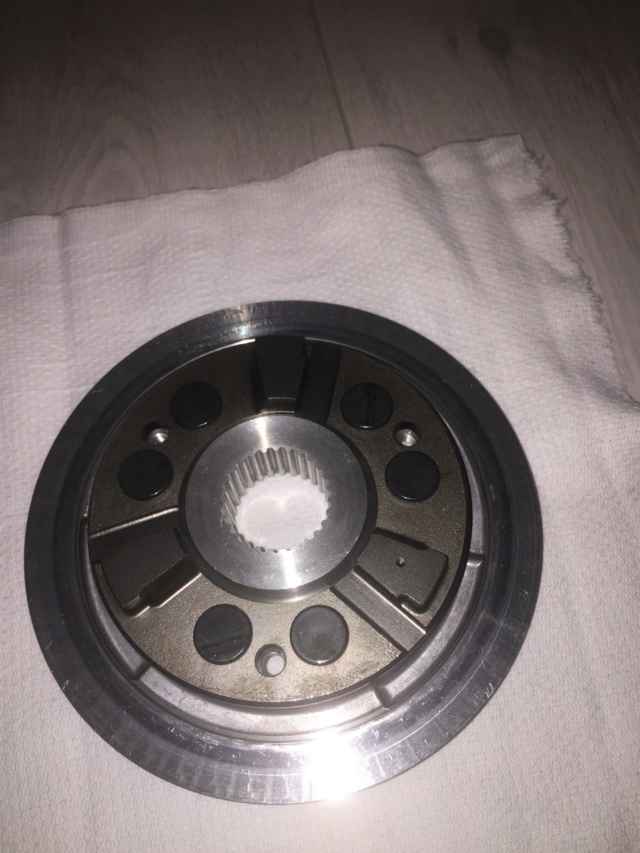 Problème bruit moteur CBR 1000 année 2009 212
