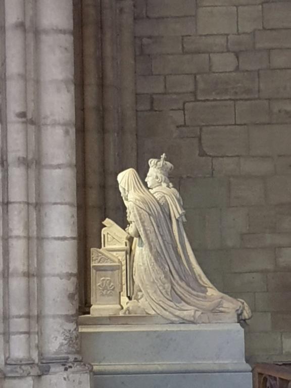 Notre couple royal préféré à la Basilique Saint Denis 20200761
