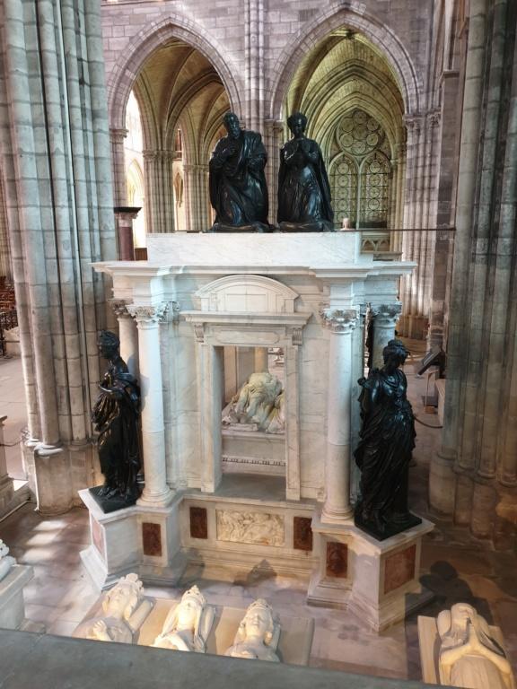 Notre couple royal préféré à la Basilique Saint Denis 20200766