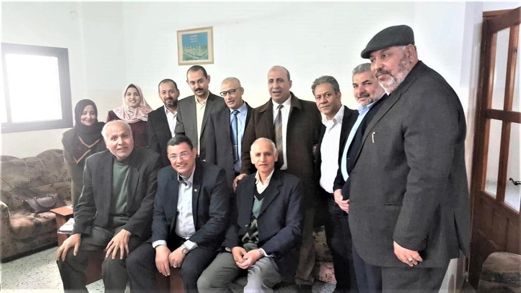 ملتقى عائلات محافظة يونس يبحث 48416810.jpg