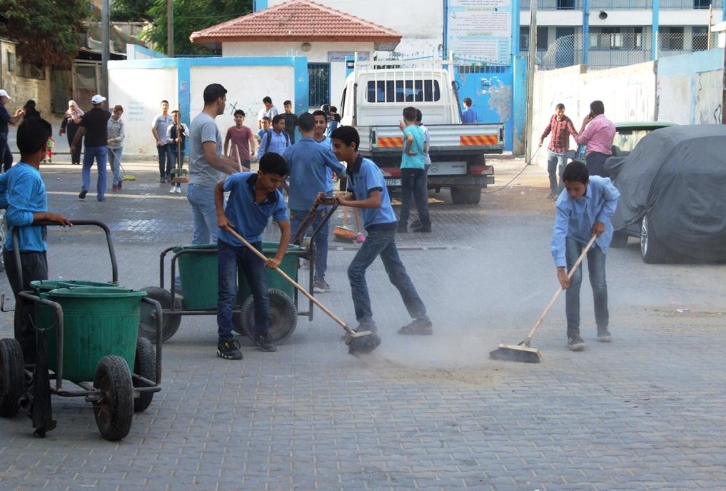 انطلاق فعاليات تطوعي لتنظيف شوارع dscf2610.jpg