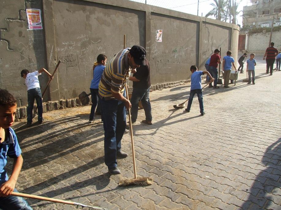 انطلاق فعاليات تطوعي لتنظيف شوارع dscf2611.jpg