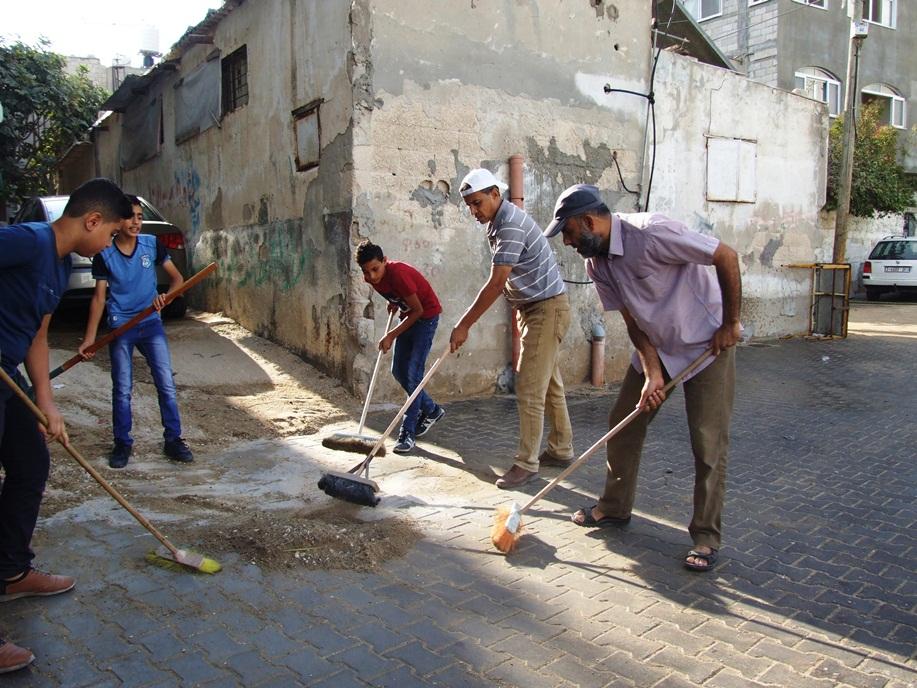 انطلاق فعاليات تطوعي لتنظيف شوارع dscf2614.jpg
