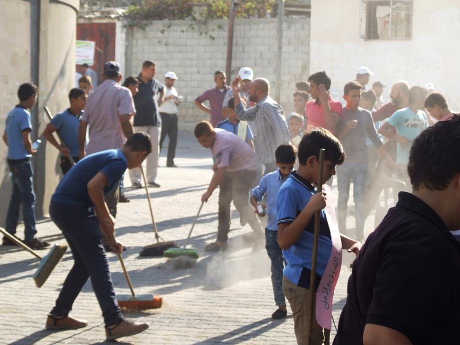 انطلاق فعاليات تطوعي لتنظيف شوارع dscf2710.jpg