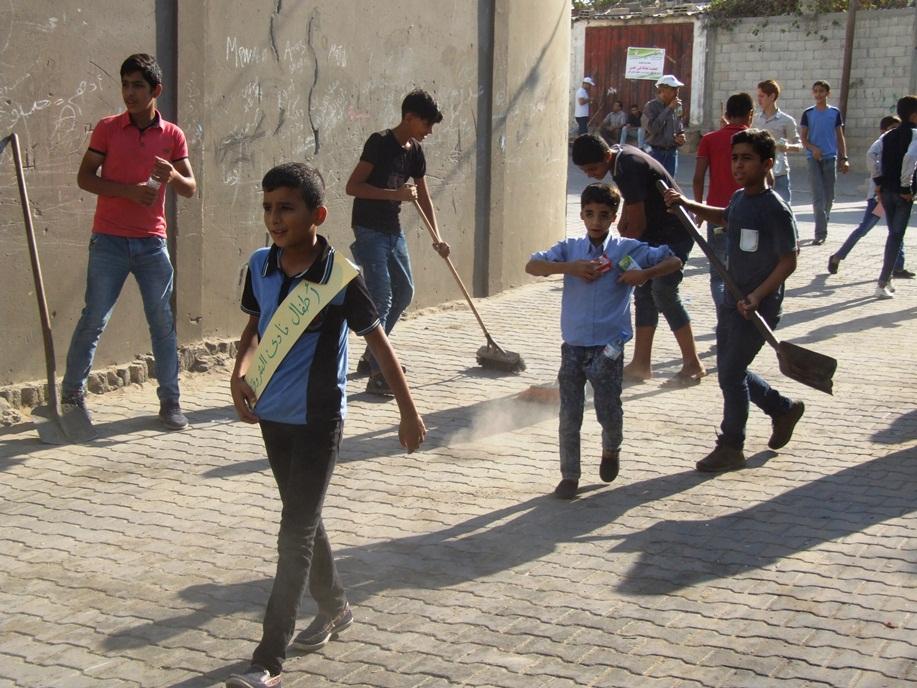 انطلاق فعاليات تطوعي لتنظيف شوارع dscf2712.jpg