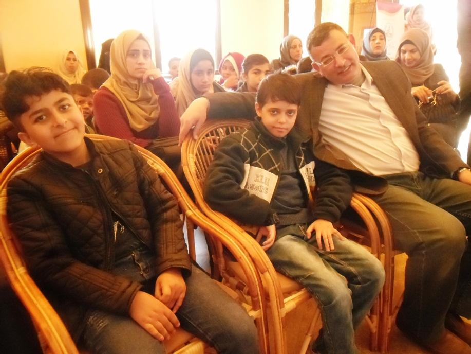 ملتقى العائلات وأهل السلام ينفذان sam_1811.jpg