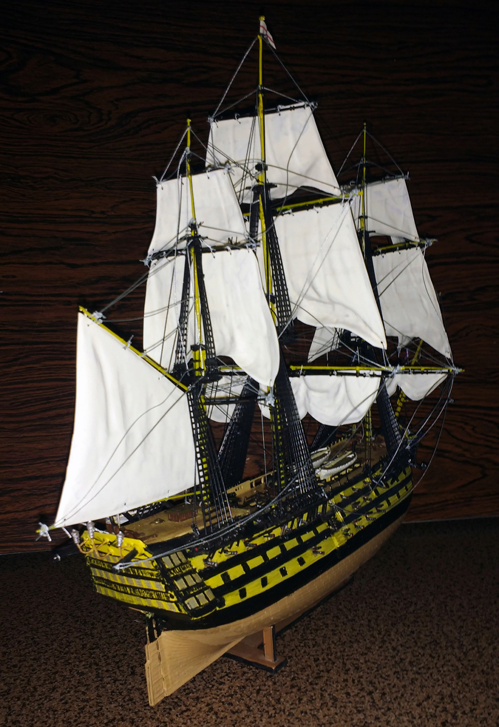 H.M.S. Victory - 1:225 - Revell 14810