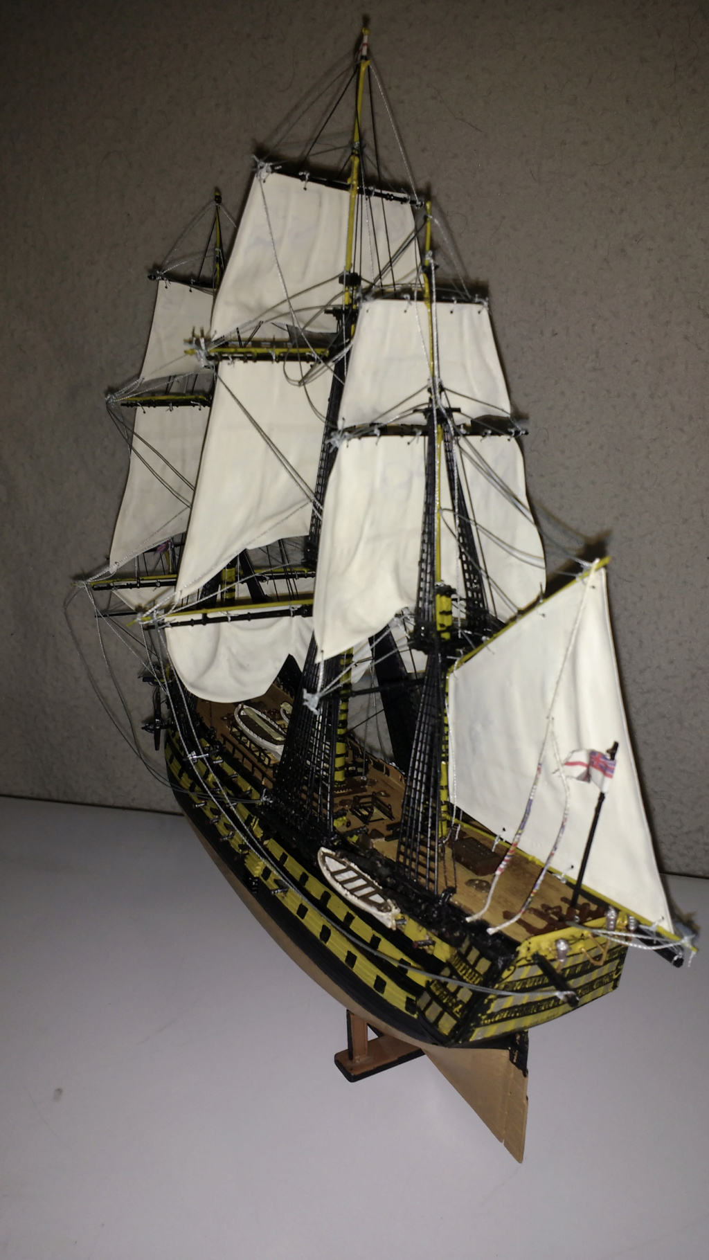 H.M.S. Victory - 1:225 - Revell 15110