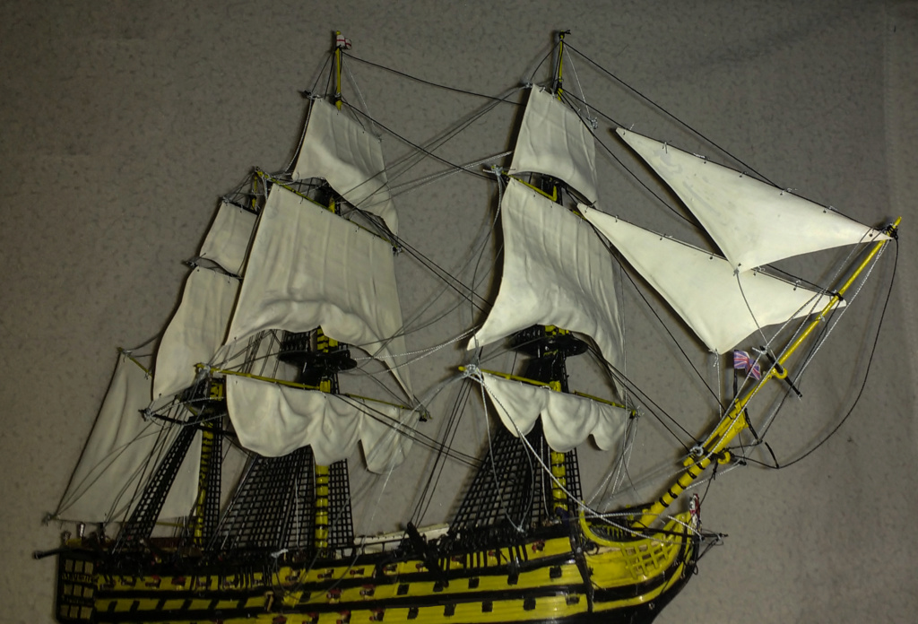 H.M.S. Victory - 1:225 - Revell 15510