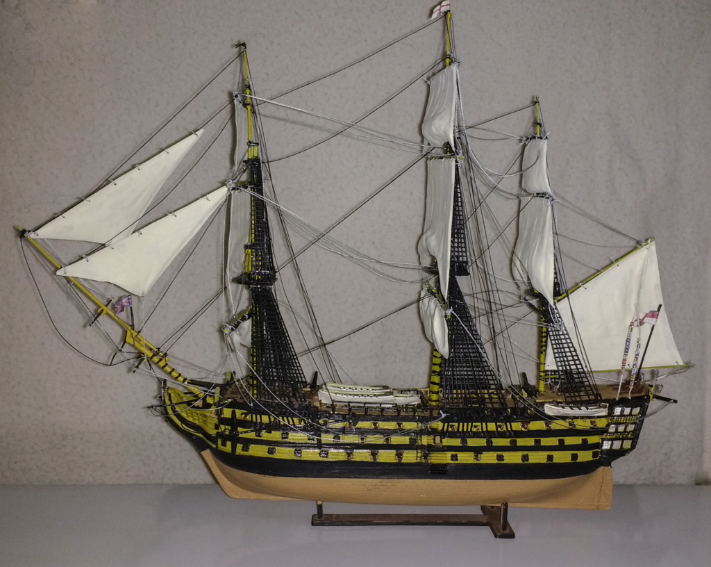 H.M.S. Victory - 1:225 - Revell 15810