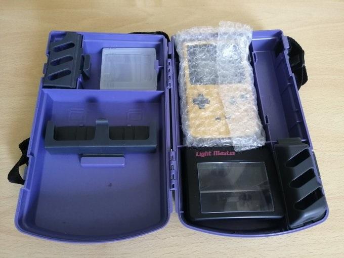 [Vds]Petit lot Game Boy Color TBE, jeux, malette 45€ Bjsyyt10