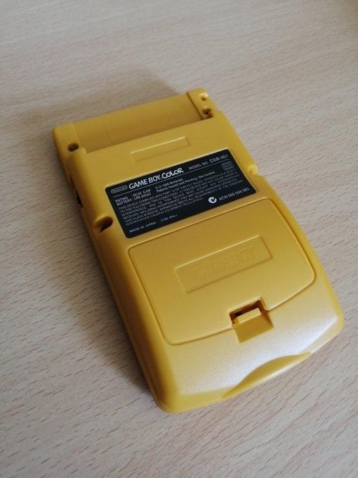 [Vds]Petit lot Game Boy Color TBE, jeux, malette 45€ Odk7sb10