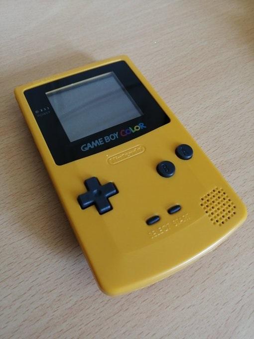 [Vds]Petit lot Game Boy Color TBE, jeux, malette 45€ Rwhwnm10