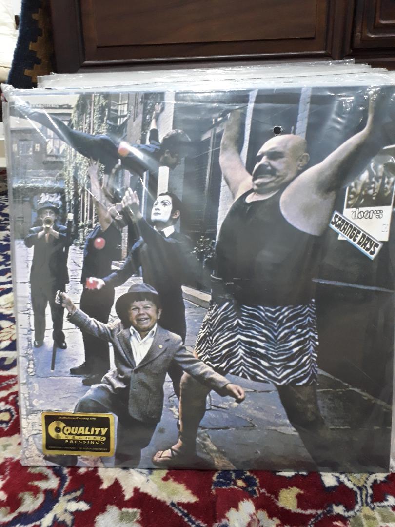 The Doors/Strange Days LP The_do10