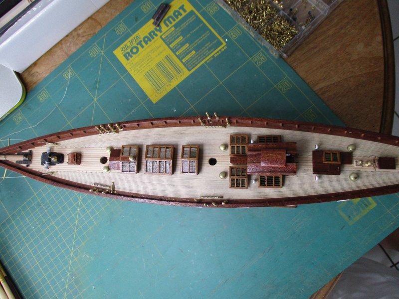 Altaïr - Yacht anglais 1931 (base Constructo 1/67°) par Fred P. - Page 4 Altaz104