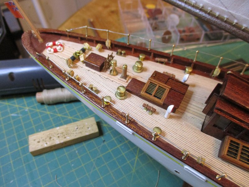 Altaïr - Yacht anglais 1931 (base Constructo 1/67°) par Fred P. - Page 4 Altaz127