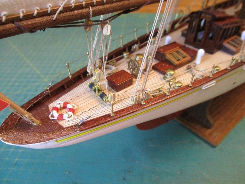 Altaïr - Yacht anglais de 1931 - 1/67e - Constructo par Fred P. - Page 5 Altaz134