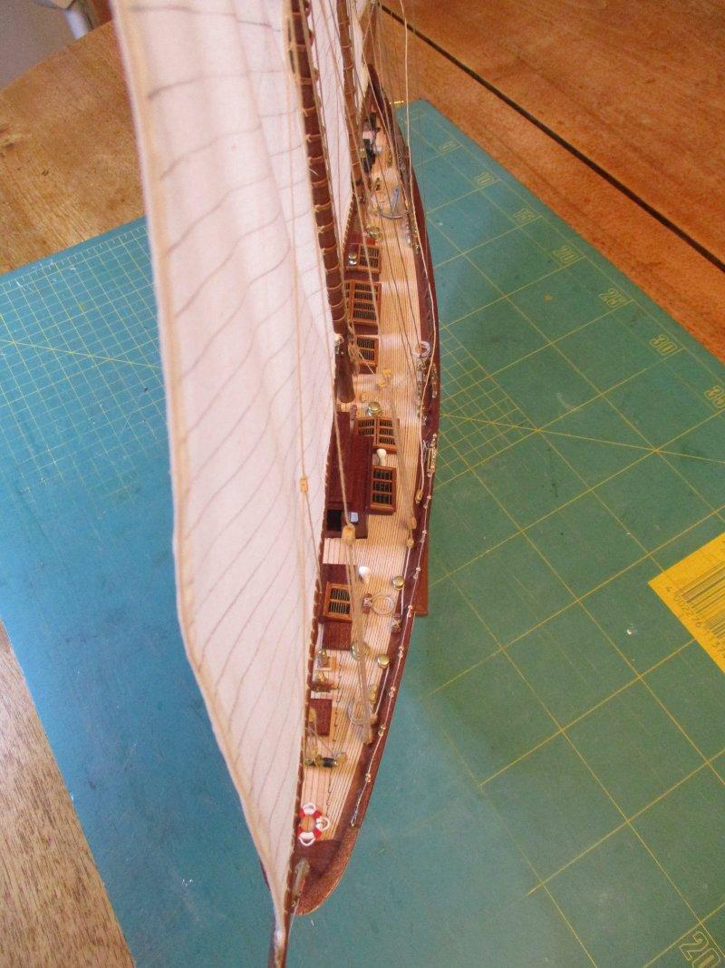 Altaïr - Yacht anglais de 1931 - 1/67e - Constructo par Fred P. - Page 5 Altaz140