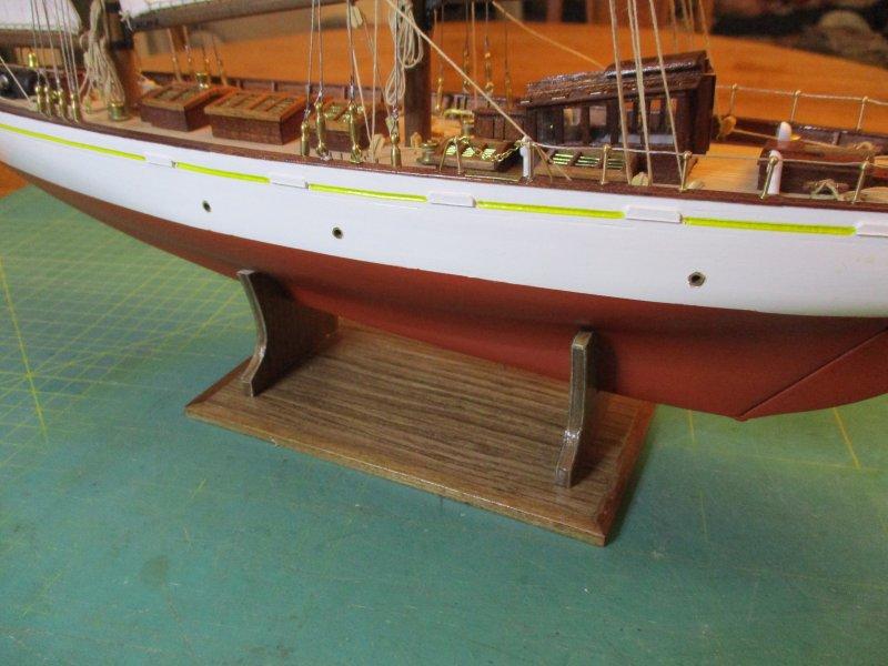 Altaïr - Yacht anglais de 1931 - 1/67e - Constructo par Fred P. - Page 5 Altaz141