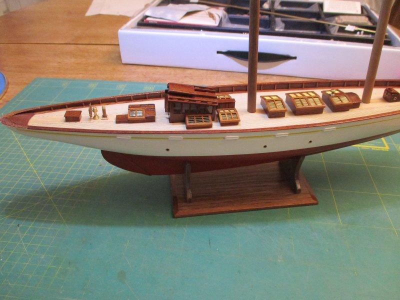 Altaïr - Yacht anglais de 1931 - 1/67e - Constructo - Page 3 Altazc88