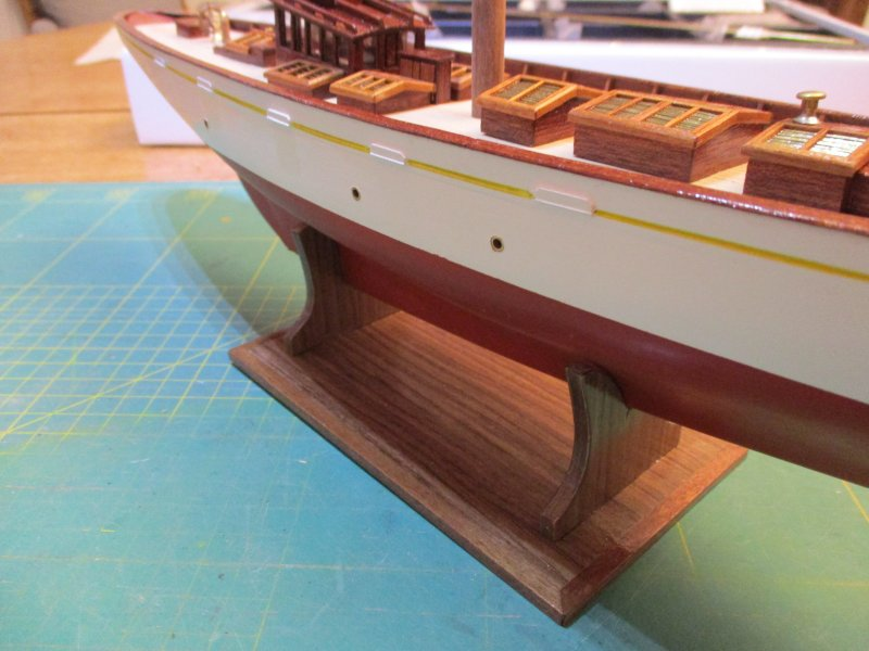 Altaïr - Yacht anglais de 1931 - 1/67e - Constructo - Page 3 Altazc92