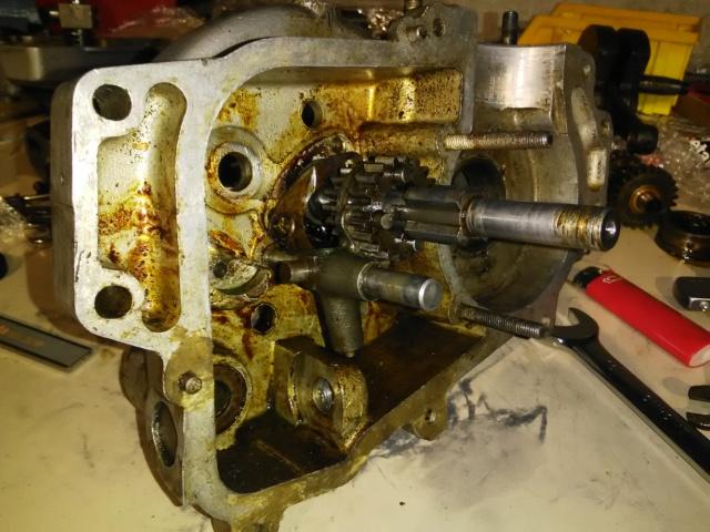 R4B année 1952 en cours de restauration  Img_2014