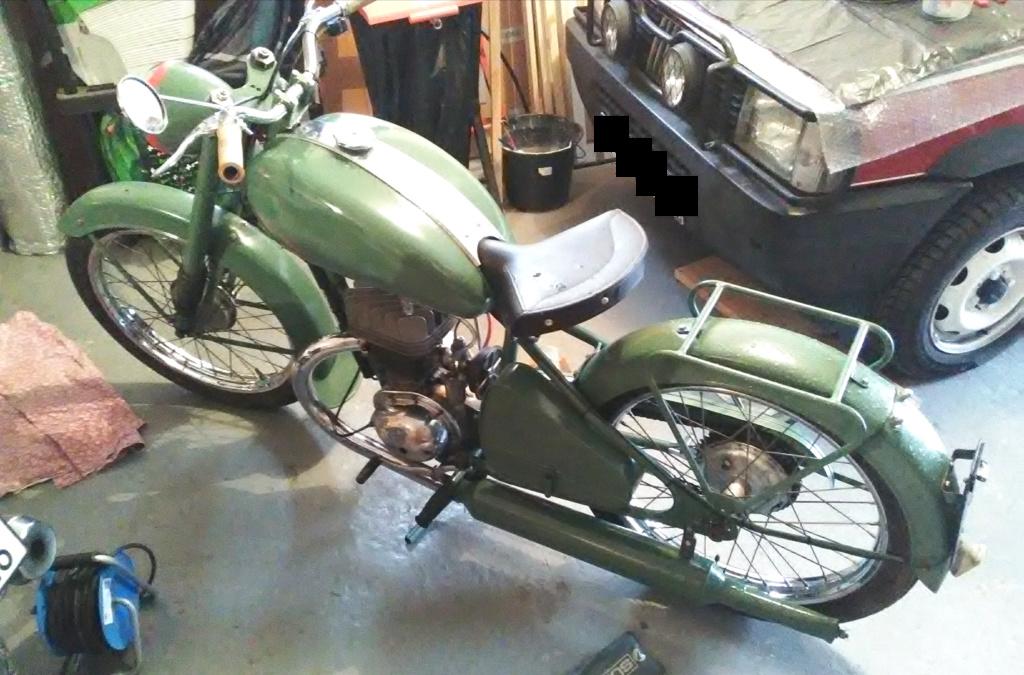 R4B année 1952 en cours de restauration  R4b10