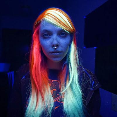 Cabelo Neon Glow-i10