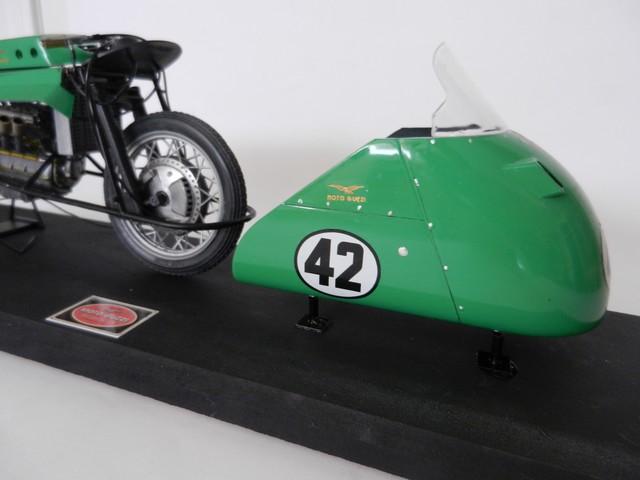 "Moto Guzzi 500 - Version Grand Prix - Moteur 4 cylindres ""ultraquadro"" Dscn0055"
