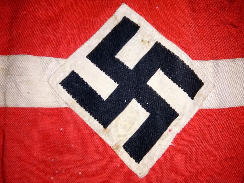 Authentification brassard Hitlerjugend + question conservation Img210