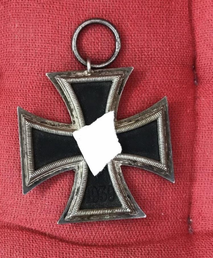 insignes allemands et ek2 Img_4612