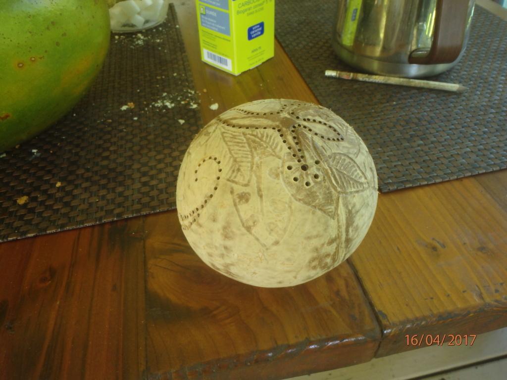 Poncer, polir du bois (très) tendre P4161010