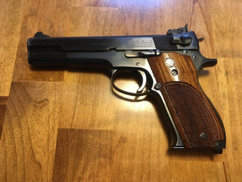 Resources (Links to Gunsmiths, retailers and forums)  D2a12110