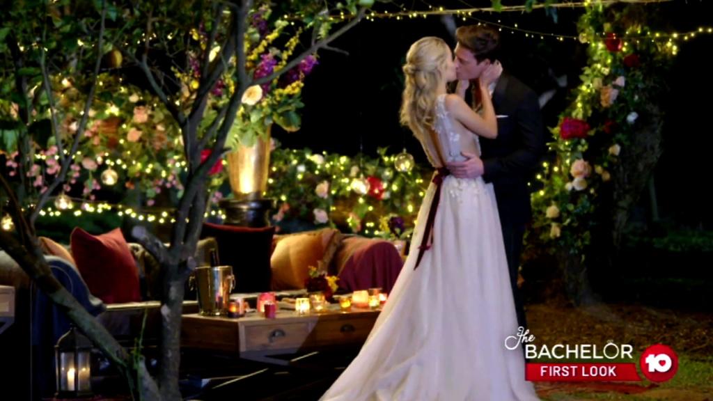 Helena - White Keyhole Crochet Dress/Blonde - Bachelor Australia - Matt Agnew - Season 7 - *Sleuthing Spoilers* - Page 14 A729fe10